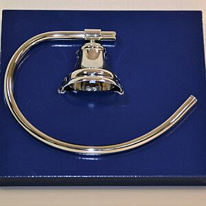 zenith curve hand towel ring